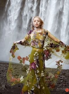 #EsmeraldaSeayReynolds by #RyanMcGinley for Flair Magazine #14 2014