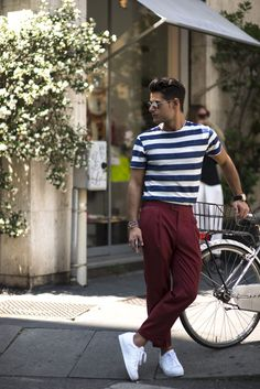 The burgundy carrot pant goes well with this outfit.                                                                                                                                                                                 Plus