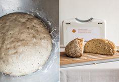 Los panes mejoran cuando se les añade masa fermentada, llamada prefermento. Te enseñamos a hacer una hogaza rústica con prefermento poolish.