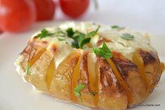 Cartofi copti cu smantana la cuptor Savori Urbane (4) Baked Potato, Goodies, Food And Drink, Baking, Eat, Ethnic Recipes, Sweet Like Candy, Gummi Candy, Bakken