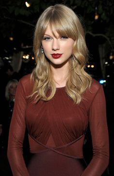 Taylor at the Weinstein Party in LA!