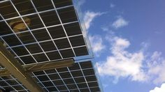 El precio de la energía solar está disminuyendo hasta niveles históricos en EEUU.