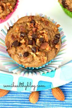 banana nut protein muffins via @semihealthnut at semihealthyblog.com