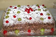 Resultado de imagem para bolo de chocolate com recheio de maracuja