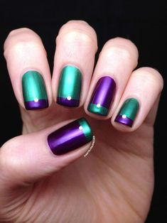 Purple nail art designs look amazing on any nail length, so choose the design which matches well with your lifestyle. Women who always look for new nail art Teal Nails, Green Nails, Purple Manicure, Pastel Nails, Nail Polish, Nail Manicure, O Joker, Teal Nail Designs, Nails Design