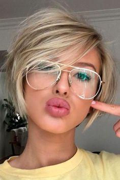popular short - hair - styles- cuts- round face shape - blonde hair