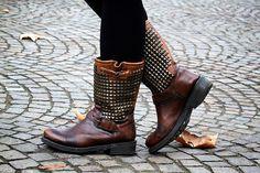 #ash boots