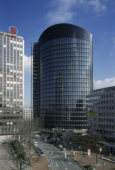 RWE Tower - Dortmund - Gerber Architekten. #thiergalerie #dortmund #thiergaleriedortmund #einkaufscenter #shoppingcenter #shoppen #unserdortmund #ruhrgebiet #ruhrpott