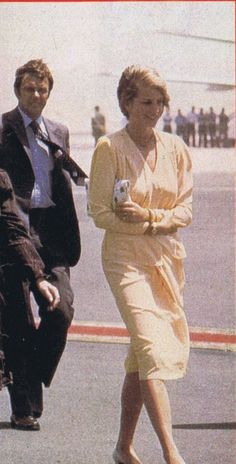 August 15, 1981: Prince Charles & Princess Diana at the Hurghada Airport in Egypt during their honeymoon.