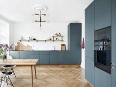 The Hidden Gem of Home Interior Design Contemporary Kitchen Decor - homevignette Kitchen Interior, Home Interior Design, Kitchen Decor, Kitchen Ideas, Rustic Kitchen, Kitchen Inspiration, Urban Kitchen, New Kitchen, Dutch Kitchen