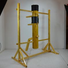 Martial Arts Workout, Martial Arts Training, Wing Chun Dummy, Wooden Dummy, Dojo, Self Defense, Wings, Exercise, Fitness