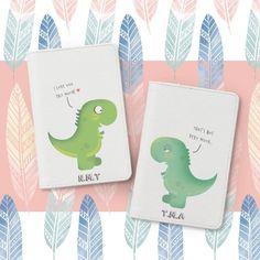 Bisu Bisu Personalized Couple Passport Covers Pug