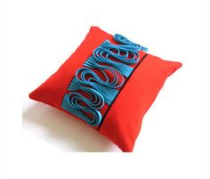 Decorative Throw Pillows for Bed Felt Cushion, Felt Pillow, Throw Pillows Bed, Decorative Throw Pillows, Fibre And Fabric, Textiles, Fabric Manipulation, Pin Cushions, Cushion Covers