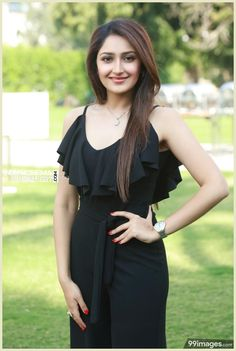 Sayesha Saigal Actress Photos Stills Gallery Beauty Full Girl, Cute Beauty, Beauty Women, Beautiful Girl Indian, Most Beautiful Indian Actress, Beautiful Women, Beautiful Bollywood Actress, Beautiful Actresses, Hollywood Actress Wallpaper