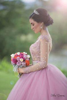 Mis xv Pretty Quinceanera Dresses, Quinceanera Party, Pretty Dresses, Xv Dresses, Quince Dresses, Prom Dresses, Quince Pictures, Quinceanera Photography, Prom Photos
