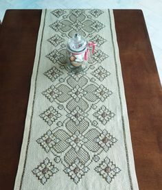 Cross Stitch, Rugs, Decor, Farmhouse Rugs, Punto De Cruz, Decoration, Seed Stitch, Cross Stitches, Decorating
