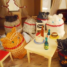 Peko cats egg cozies : Winter 2013 - how cute are these?
