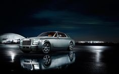 Silver rolls royce phatom coupe aviator collection