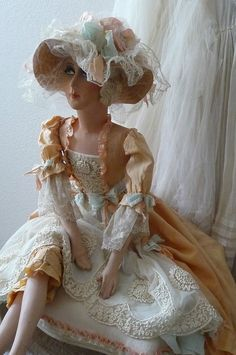 ANTIQUE FRENCH BOUDOIR DOLL.PARIS C.1920 SILK..FASHION DOLL.