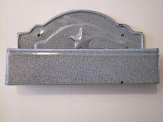 Gray Graniteware Comb Case with Embossed Star Gray Granite, Vintage Enamelware, Kitchen Ware, Vintage Kitchen, Stars, Antiques, Grey, Diy Kitchen Appliances, Antiquities