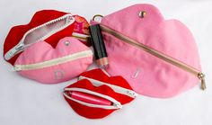 Cool lip purses....great birthday party favours for my 13yr old
