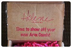 October 2014 Helene Jewelry Box - Helene Jewelry takes the guess work out of accessorizing by sending you fun, feminine and unforgettable pieces. Price: USD $25.00/month -- #beauty #helenejewelry #jewelry #accessories #fashion #bracelet #subscriptionbox