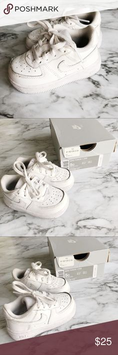 Nike Force 1 Toddler Shoes 5c White All white Nike Force 1 toddler shoes in size 5c. My son wore these only a handful of times. They are in great condition. Minor scuffs. Comes with original box. Nike Shoes Sneakers