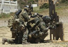 MARSOC Marines participate in a series of combat action exercises at Camp Pendleton. [42912980]