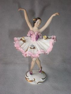 Beautiful Vintage Dresden Porcelain Lace Ballerina Figurine