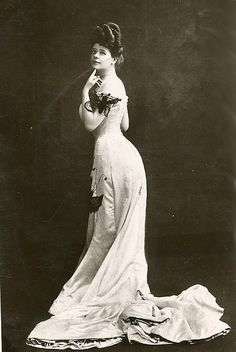Camille Clifford the epitome of Edwardian Beauty