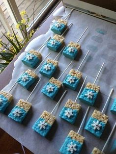 Frozen themed rice crispy treats – My WordPress Website Elsa Birthday Party, Frozen Themed Birthday Party, Disney Frozen Birthday, 4th Birthday Parties, Frozen Themed Food, Disney Frozen Treats, 2nd Birthday, Frozen Party Food, Frozen Theme Cake