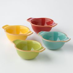 These colorful bowls are handy to have in a pinch! #BobbyFlay #Kohls