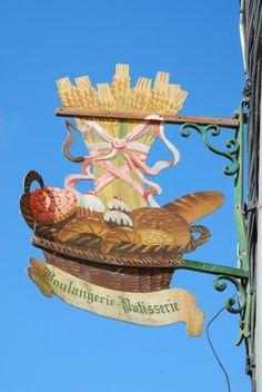 *Enseigne; Boulangerie à Pontrieux*