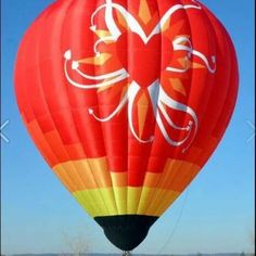 No longer does a wheelchair user have to the miss the spectacular sensation of hot-air ballooning. Adaptive Sports, Have Some Fun, Hot Air Balloon, Make You Smile, Balloons, Globes, Hot Air Balloons, Balloon, Air Balloon