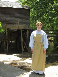 Light Brown Apron with Bib by AuthenticReenactress on Etsy, $15.00
