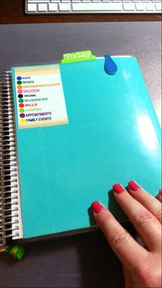 This is a short video to show the fold out dashboard I made. *Disclaimer* I am not the original creator of this, I saw some one do this in a Filofax but I ha...