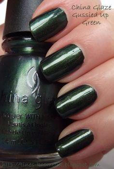 Tines Kosmetikblog: China Glaze Gussied Up Green