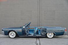 1961 Lincoln Continental Convertible Sedan