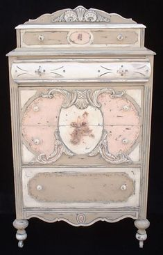 Gifts & Decor Shabby Elegance Scrollwork Candleholder Chic Decor - Home Style Corner Painting Antique Furniture, Hand Painted Furniture, Paint Furniture, Furniture Projects, Furniture Makeover, Vintage Furniture, Rustic Furniture, Furniture Chairs, Vintage Chairs