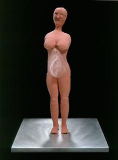 Louise Bourgeoise - Umbilical Cord | Cordón umbilical, 2003. Tela y acero inoxidable. 44.8 x 30.5 x 30.5 cm. Colección particular