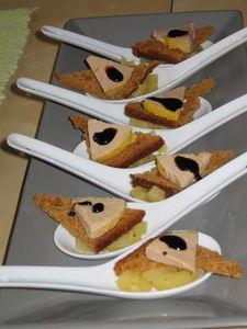 Cuillères de compotées de pommes/foie gras