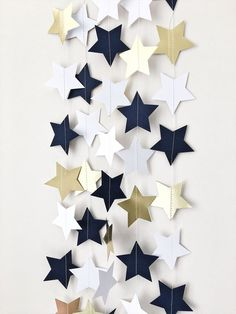 Navy Blue Gold Stars Garland Love You to the Moon and Back Nursery Birthday Garland Twinkle Twinkle Little Star Baby Shower Decorations - Dekoration Welt Ideas Decoracion Cumpleaños, Decoracion Baby Shower Niña, Space Baby Shower, Idee Baby Shower, Baby Shower Garland, Baby Shower Table, Navy Baby Showers, Star Baby Showers, Birthday Garland