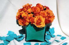 Teal and orange wedding: flowers