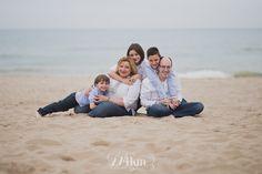Para ésta sesión de fotos de comunión nos fuimos a la playa, mucho más divertido y el resultado chulísimo :D