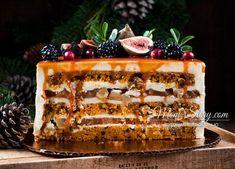 Морковный торт с грушей и сливочным крем-муссом