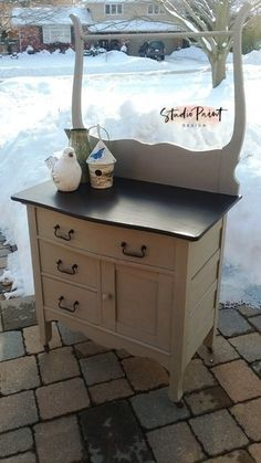 Painted Antique Washstand Painted Furniture Painted Dresser Annie Sloan Chalk Paint DIY - May 12 2019 at Oak Furniture Land, Painting Wooden Furniture, Farmhouse Living Room Furniture, Painted Bedroom Furniture, Apartment Furniture, Repurposed Furniture, Cheap Furniture, Pallet Furniture, Furniture Projects