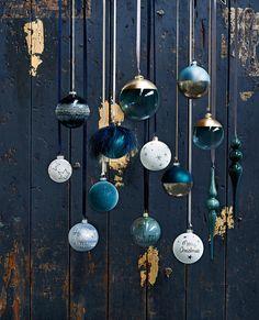 Weihnachtskugeln im Trend-Look – Christmas – Noel 2020 ideas Christmas Tree Themes, Blue Christmas, Christmas Balls, Christmas Colors, Xmas Tree, Christmas 2019, Christmas Tree Decorations, Ideas Decoracion Navidad, Navidad Diy