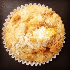 mango & coconut muffins - my lovely little lunch box Mango Muffins, Yogurt Muffins, Coconut Muffins, Baking Muffins, Coconut Yogurt, Little Lunch, Healthy Sweets, Recipe Of The Day, Sweet Recipes