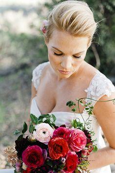 Red wedding bouquet. Flowers by San Diego florist @plentyofpetals. plentyofpetals.com