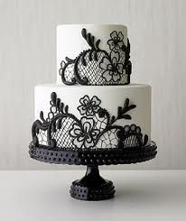 Lace roses round cake (Fave)